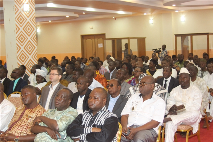 Belgique la chambre de commerce du burkina vend son forum for Chambre de commerce du burkina