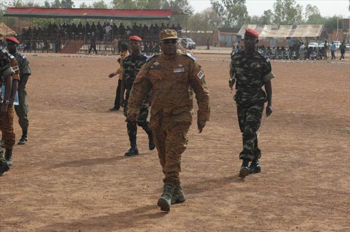 Fin de la formation des militaires pour l op ration laafi 5 pr s pour le darfour aouaga photos - Formation par correspondance reconnue par l etat ...